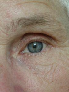 moms_eye