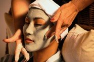 An anti aging facial mask can work wonders but the basics provide the best antiaging skincare.